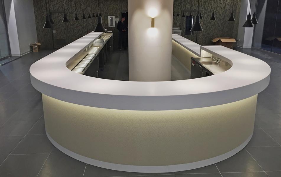 Cianco diseña, fabrica y monta mobiliario de acero inoxidable
