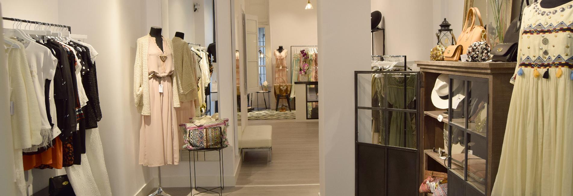 Industrias del Acero Cianco fabricado y montado el mobiliario interior de la boutique Angi Collection