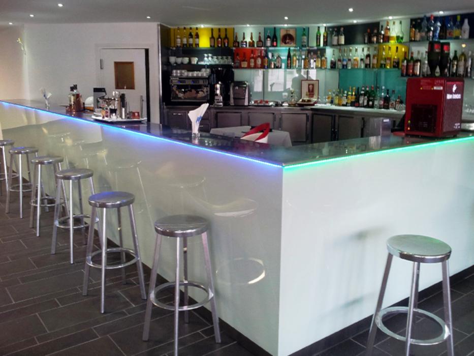 Renovación y decoración en acero del Hotel Thalasso Serge Blanco